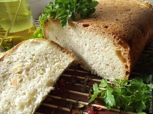 Хлеб с кальмарами в хлебопечке