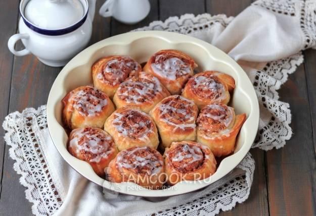 Булочки из дрожжевого теста в духовке на кефире (7 рецептов с фото пошагово)