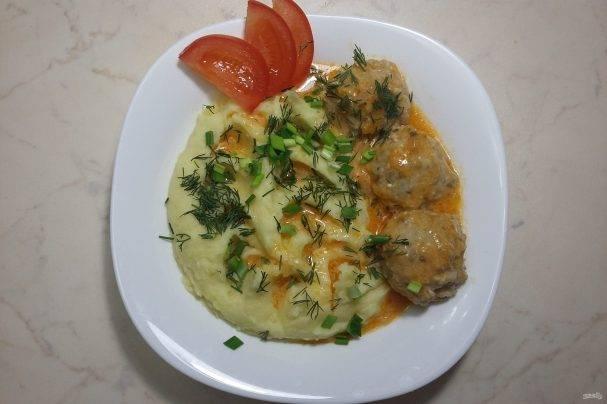 Блюда с фрикадельками и картофелем