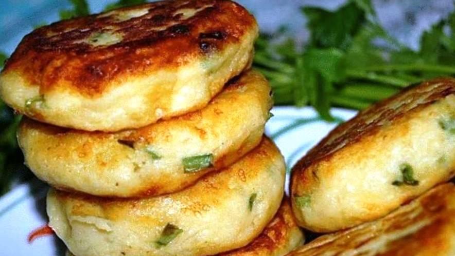 Картофельные биточки с сыром и луком