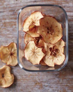 Яблочные чипсы в духовке - рецепт с фото пошагово (+3 рецепта)