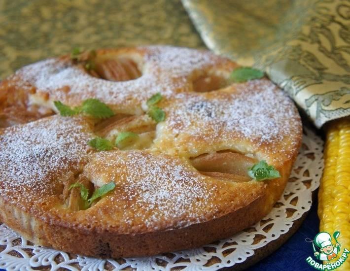 Пирог с грушей и смородиной