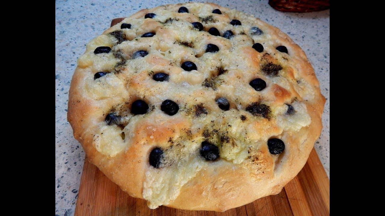 Постная лепешка с маслинами