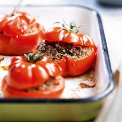 Фаршированные помидоры с мясным фаршем и яйцом