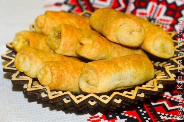 Вэрзэре или молдавские пирожки с квашеной капустой - рецепт с фото