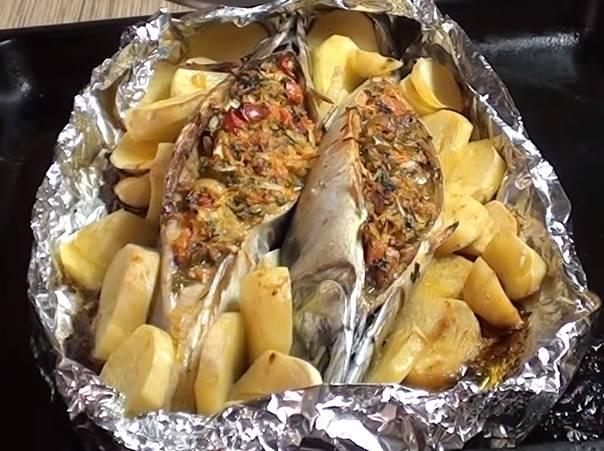 Скумбрия с картофельным салатом
