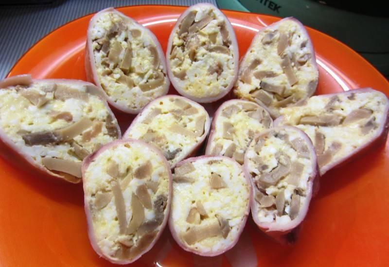 Как приготовить фаршированные кальмары грибами вкусно в духовке