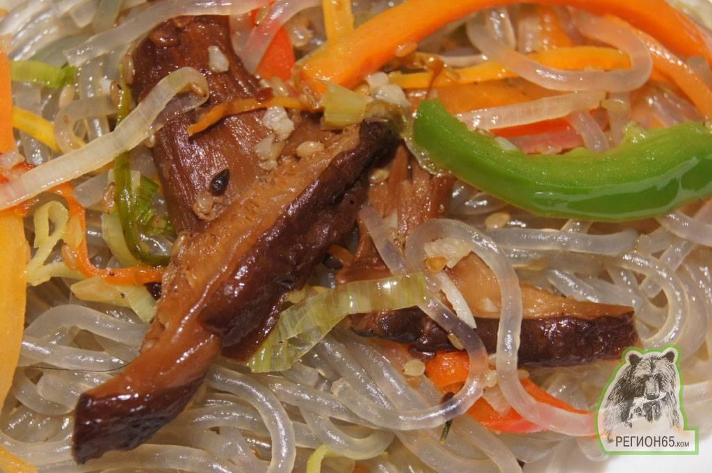 Как приготовить кукси – корейский суп?