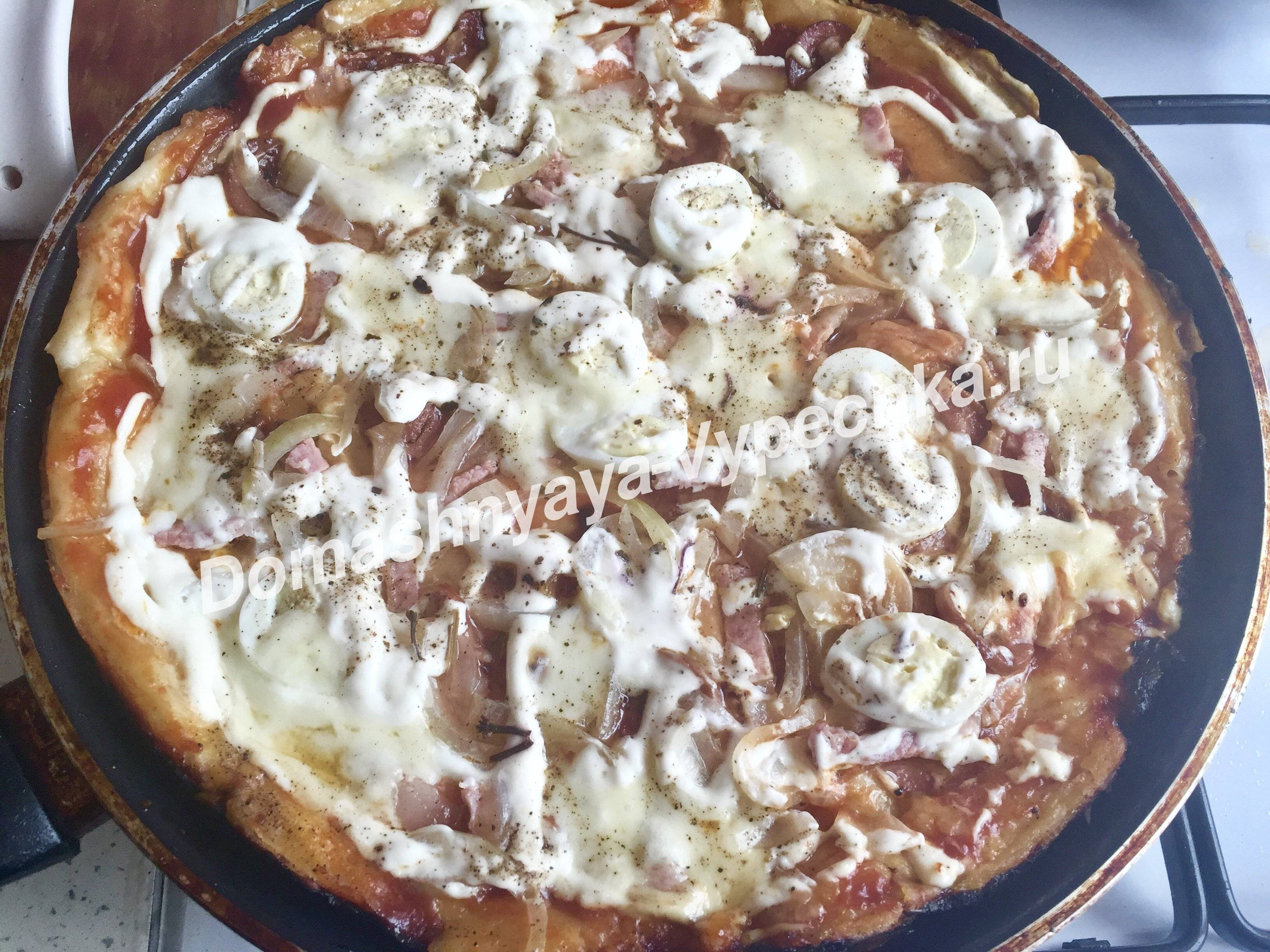 Быстрая пицца на сковороде за 10 минут
