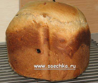Хлеб с вялеными ягодами и орехами в хлебопечке