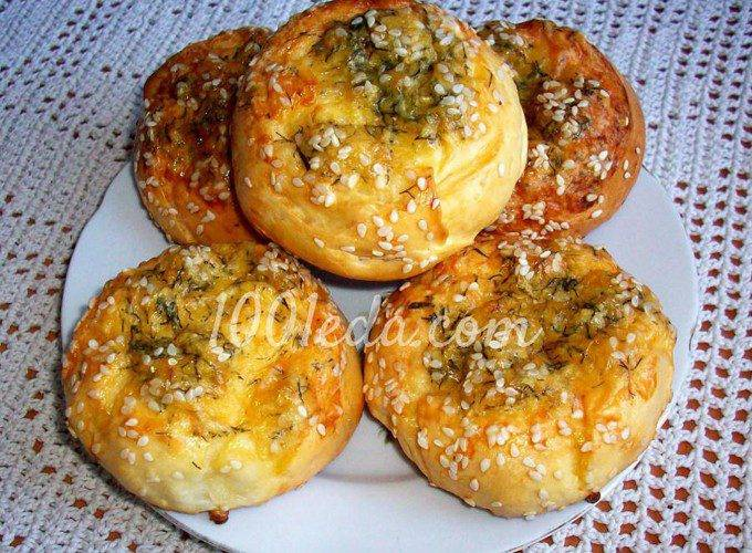Сырные булочки с мясной начинкой