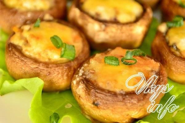 Фаршированные шампиньоны - вкуснейшая закуска с простыми и оригинальными рецептами