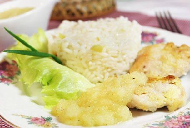 Индейка в сметанном соусе на сковороде рецепт с фото