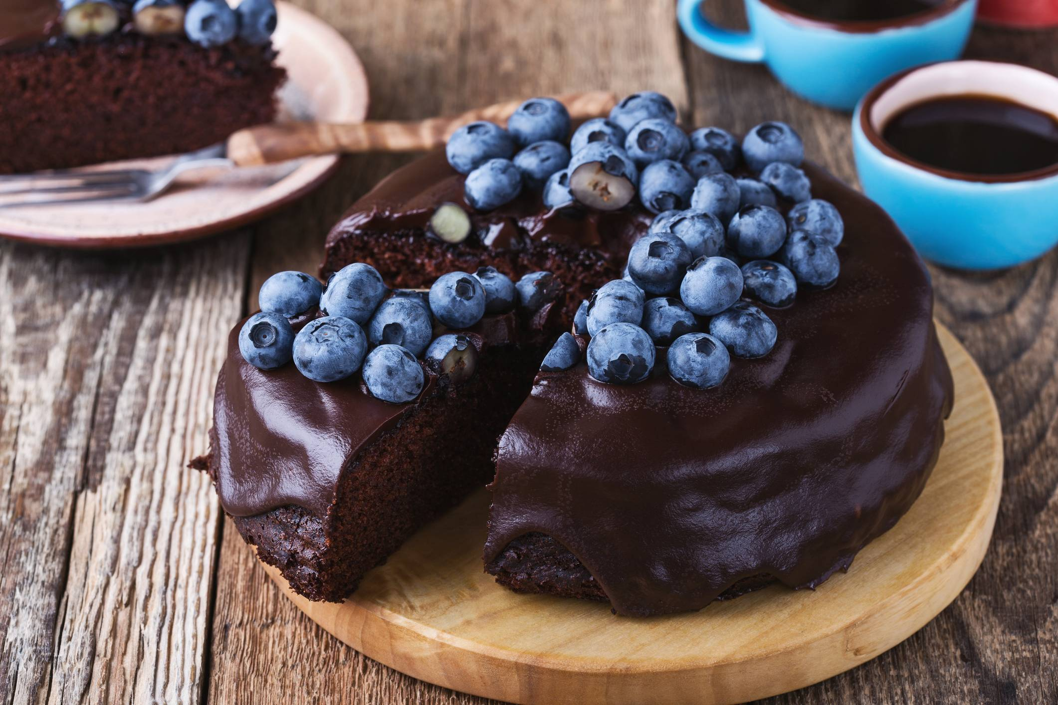 Глазурь из кондитерской плитки. домашняя шоколадная глазурь для торта из шоколада и какао – лучшие рецепты. секреты правильной домашней шоколадной глазури.