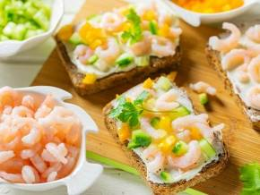 Закуски с креветками – легкие рецепты тарталеток, канапе и бутербродов