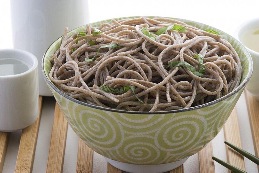 Гречневая лапша — лучшие рецепты. как правильно и вкусно приготовить гречневую лапшу в домашних условиях.