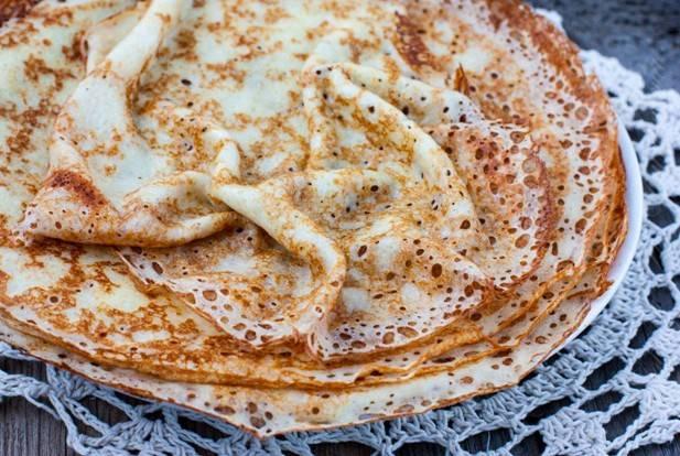 Блины на молоке – рецепты очень вкусных тонких блинчиков с дырочками