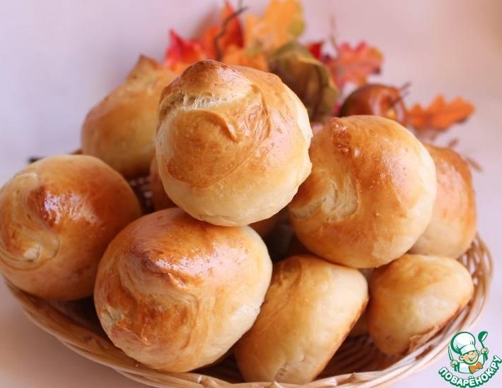 Хлебные булочки на сметане