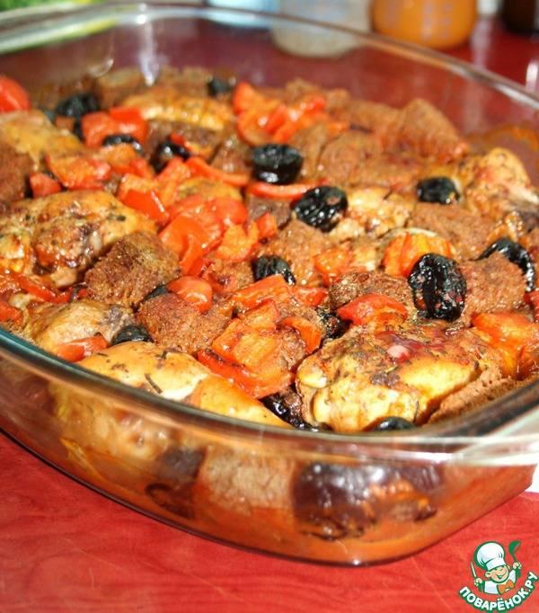 Куриные ножки, запеченные с черносливом и бородинским хлебом