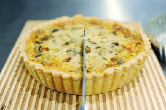 Французский киш: 10 лучших рецептов открытых пирогов