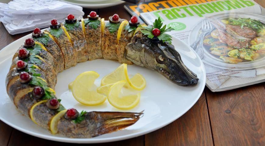Новогодние рецепты: горячие блюда из рыбы