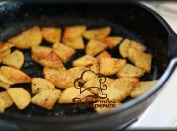 Как пожарить картошку с грибами – кулинарные хитрости