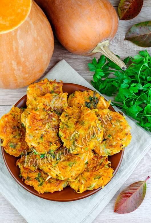 Постные драники с картошкой, грибами, кабачками, капустой и тыквой