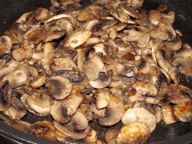 Топ-7 блюд с шампиньонами к праздничному столу
