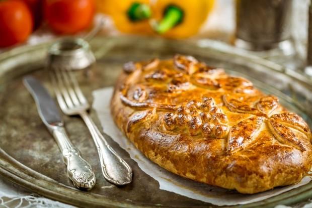 Кулебяка с мясом – 8 лучших рецептов