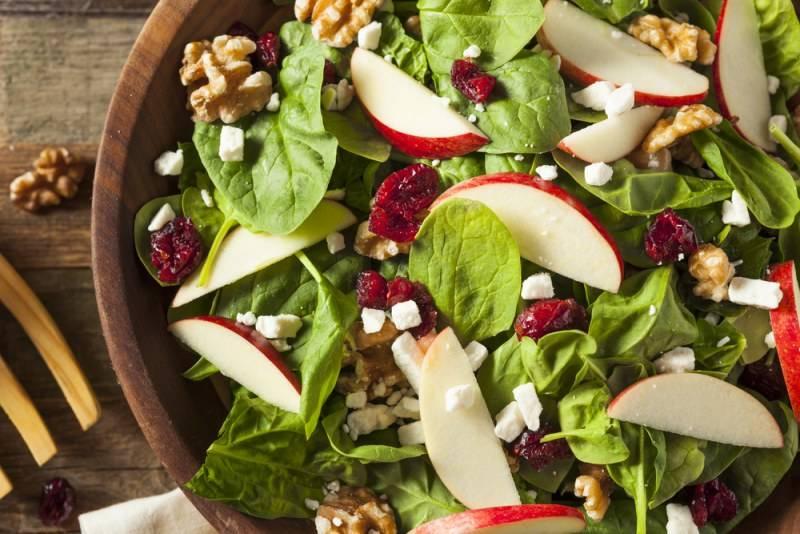 Летний салат из огурцов без майонеза