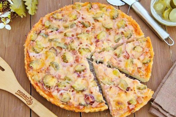 Пицца деревенская с курицей закрытая