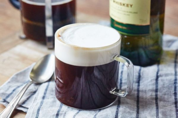 10 рецептов согревающих зимних напитков — wonderzine