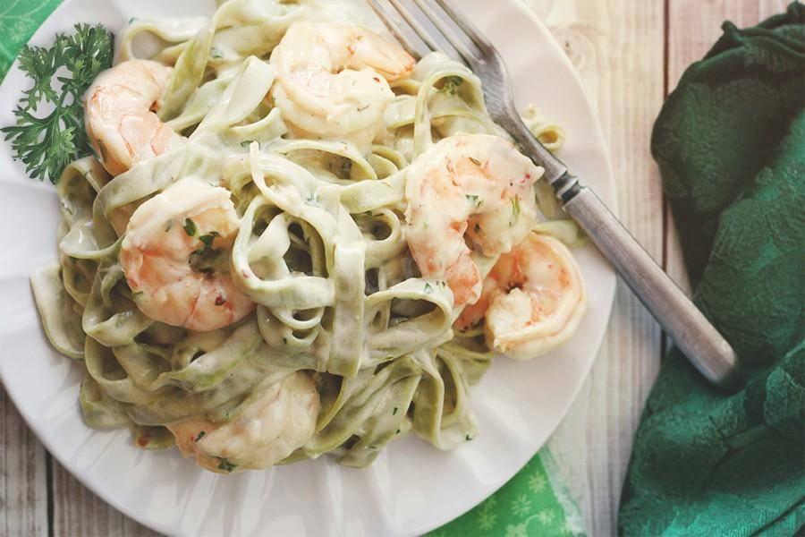 Вкусная и нежная паста с кальмарами в сливочном соусе