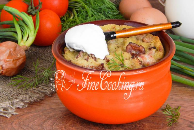 Картофельная бабка с фаршем, салом и грибами– рецепты в духовке, микроволновке и в мультиварке