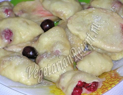 Постное тесто для вареников - рецепты в хлебопечке, с растительным маслом, для капустной и вишневой начинки