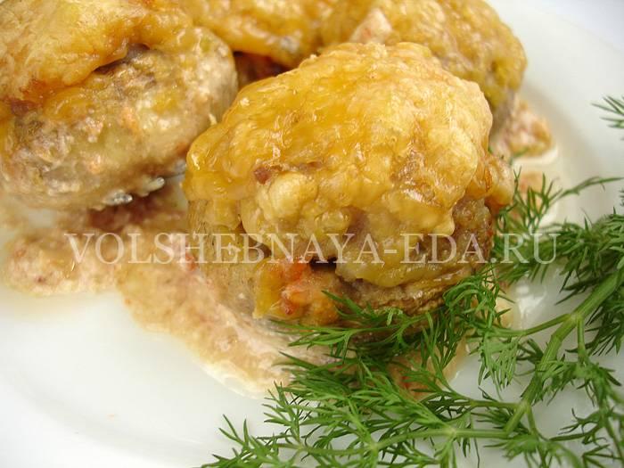 Шампиньоны с фаршем: фото и рецепты блюд из фаршированных грибов, приготовленных в духовке и мультиварке