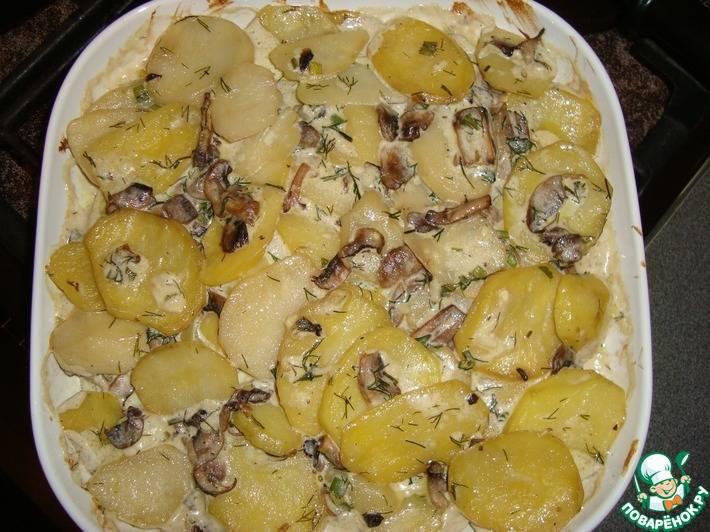 Жареная картошка с замороженными опятами