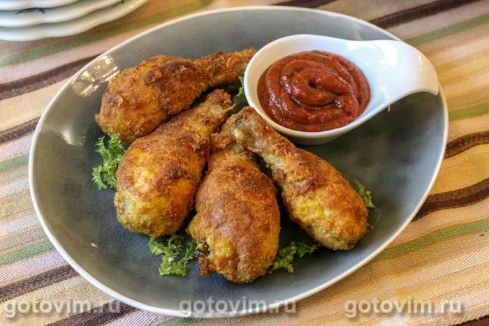 Куриные грудки в сырной панировке с овощами