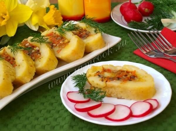 Картофельный рулет с разными начинками