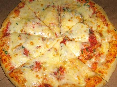 Пицца маргарита. рецепт приготовления в домашних условиях. классический итальянский состав