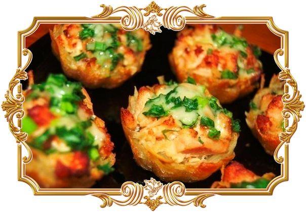 Картофельные тарталетки с курицей и грибами