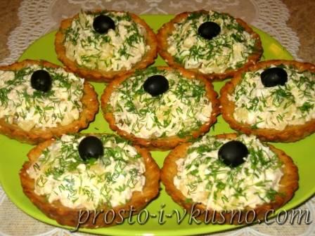 Картофельные тарталетки с грибной начинкой