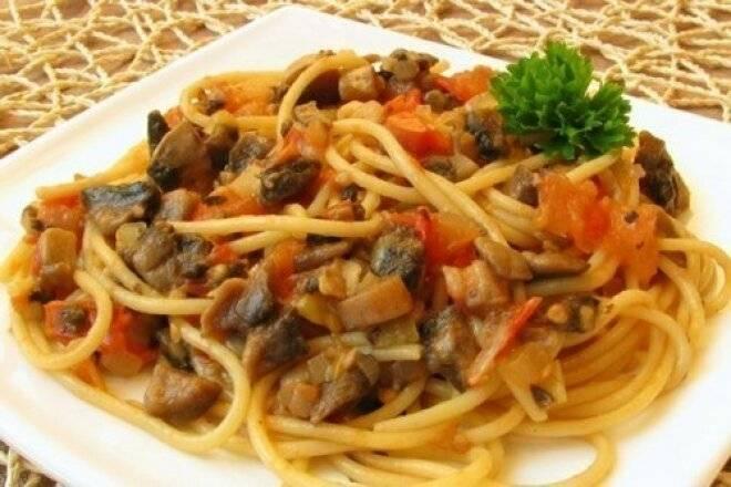 Паста с баклажанами и помидорами - 9 пошаговых фото в рецепте