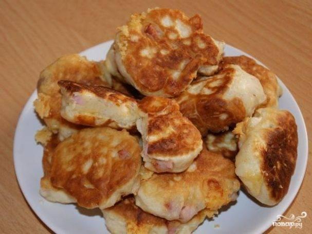 Оладьи из кабачков с ветчиной и сыром
