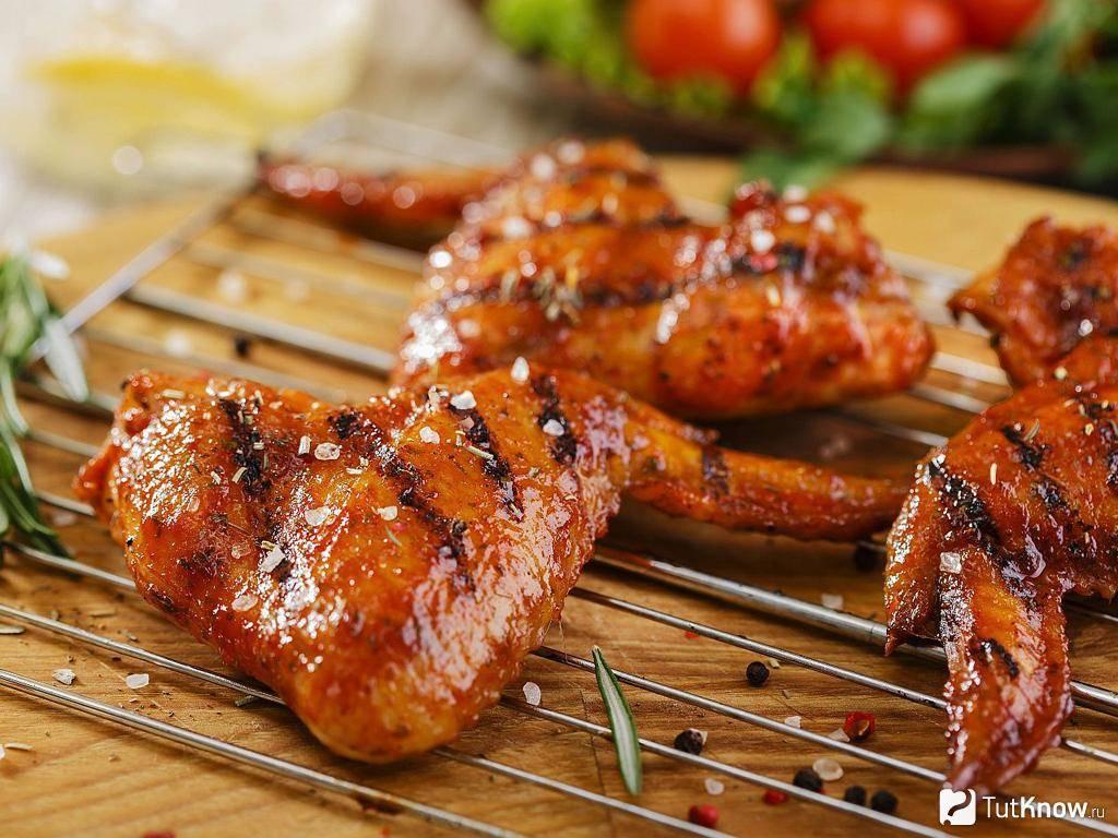 Куриные крылышки на сковороде гриль-газ - 6 пошаговых фото в рецепте