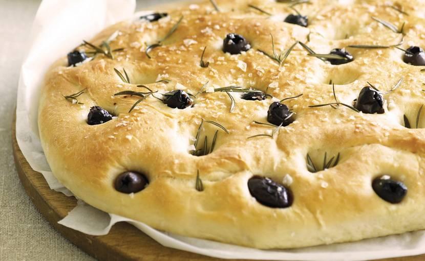 Хлеб с маслинами в хлебопечке