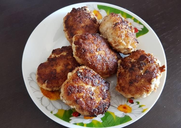 Куриные котлеты с сырной начинкой рецепт с фото
