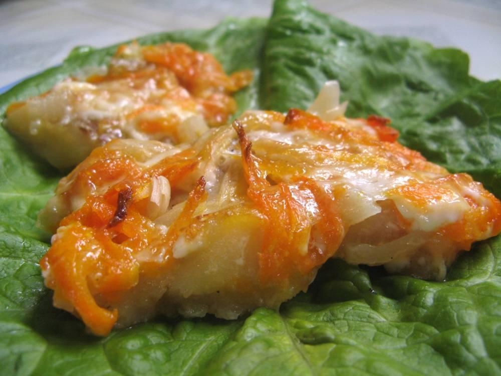 Минтай в духовке — 10 самых вкусных рецептов с фото пошагово