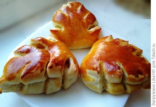 Булочки из дрожжевого теста в духовке с начинкой