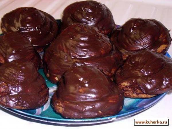 Булочки с шоколадным кремом